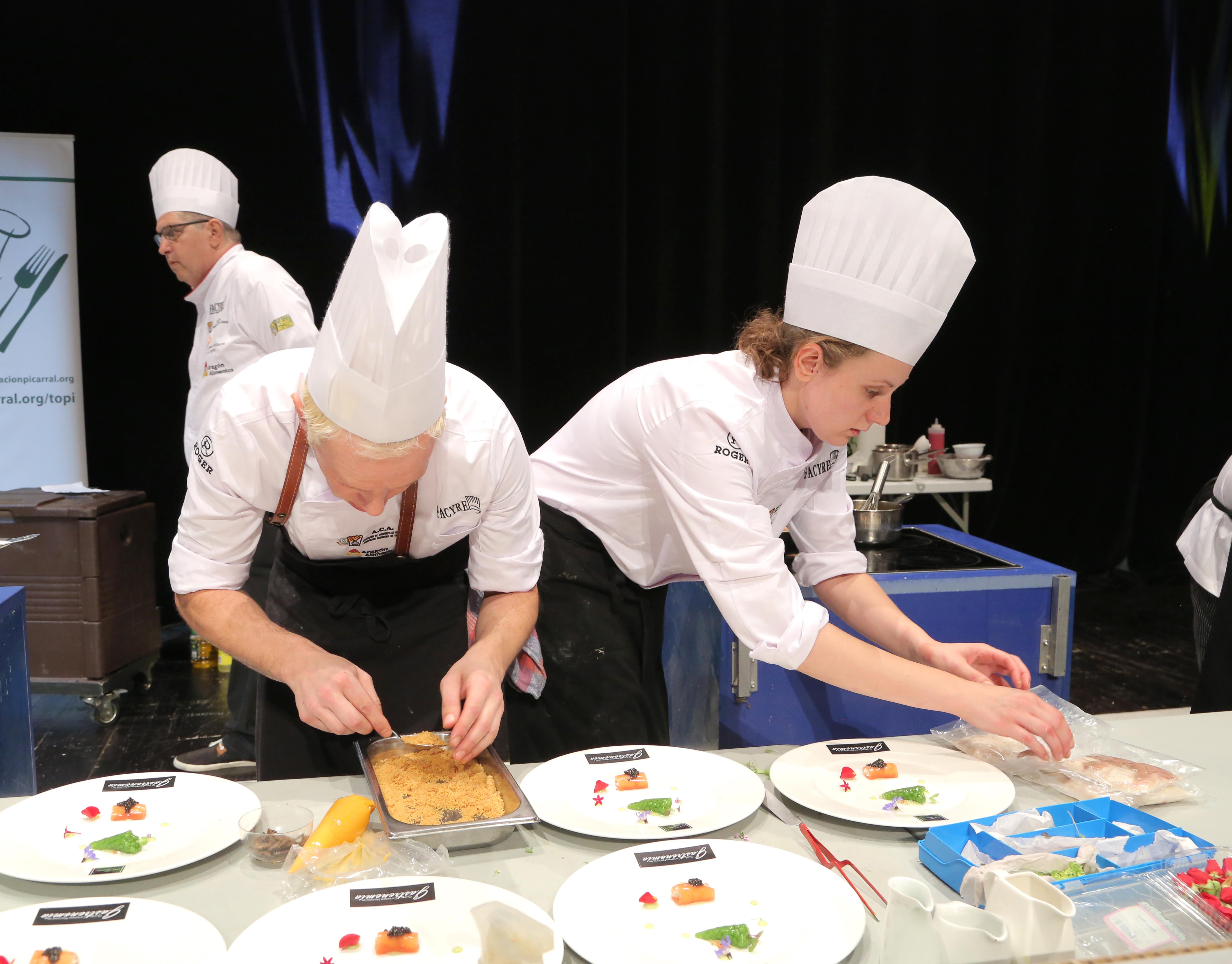 En este momento estás viendo Los chefs aragoneses Toño Rodríguez y Nerea Bescós, ganadores del V Certamen Nacional de Cocina