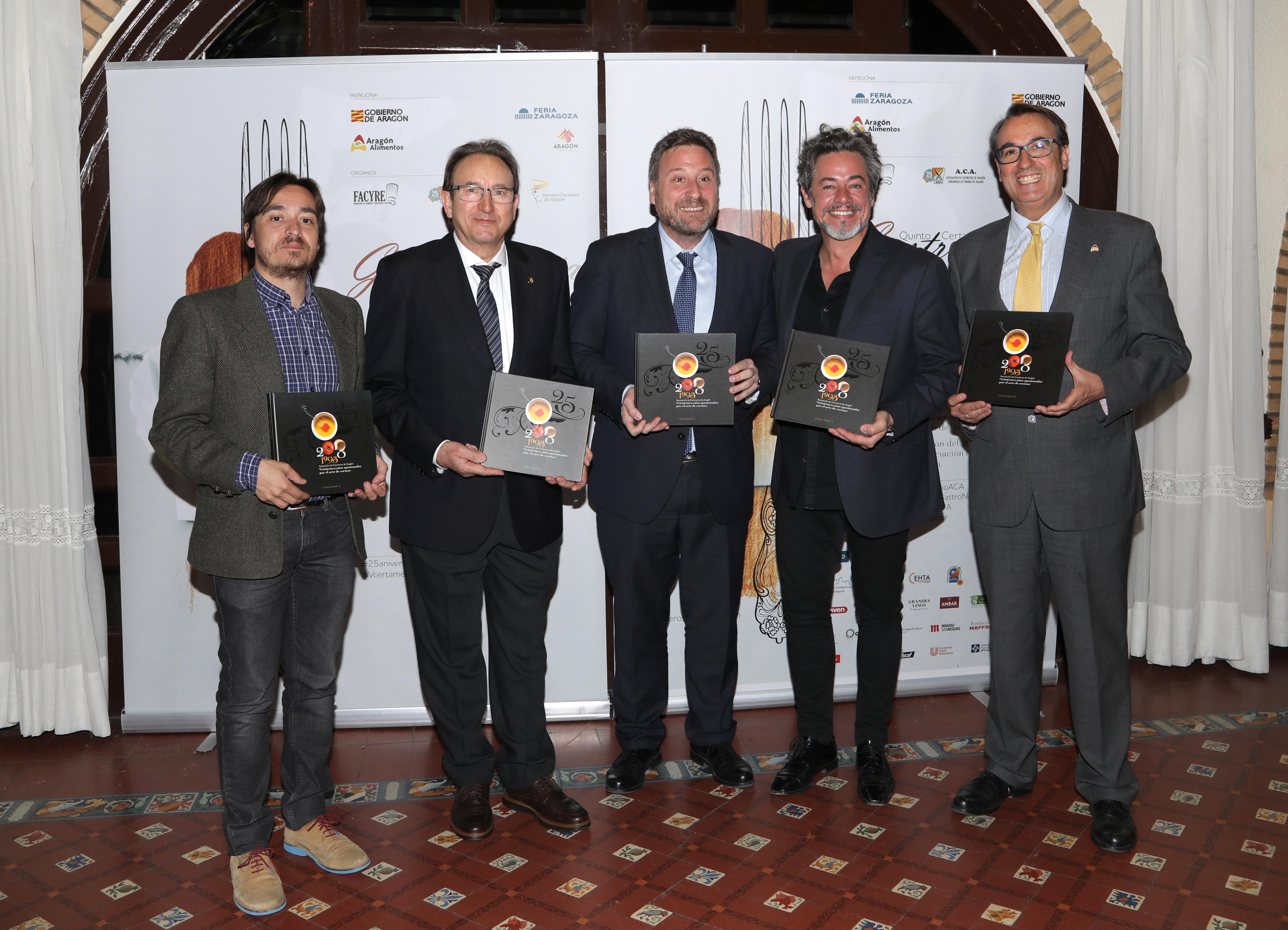En este momento estás viendo La Asociación de Cocineros celebra sus 25 años con premios, cena y un libro