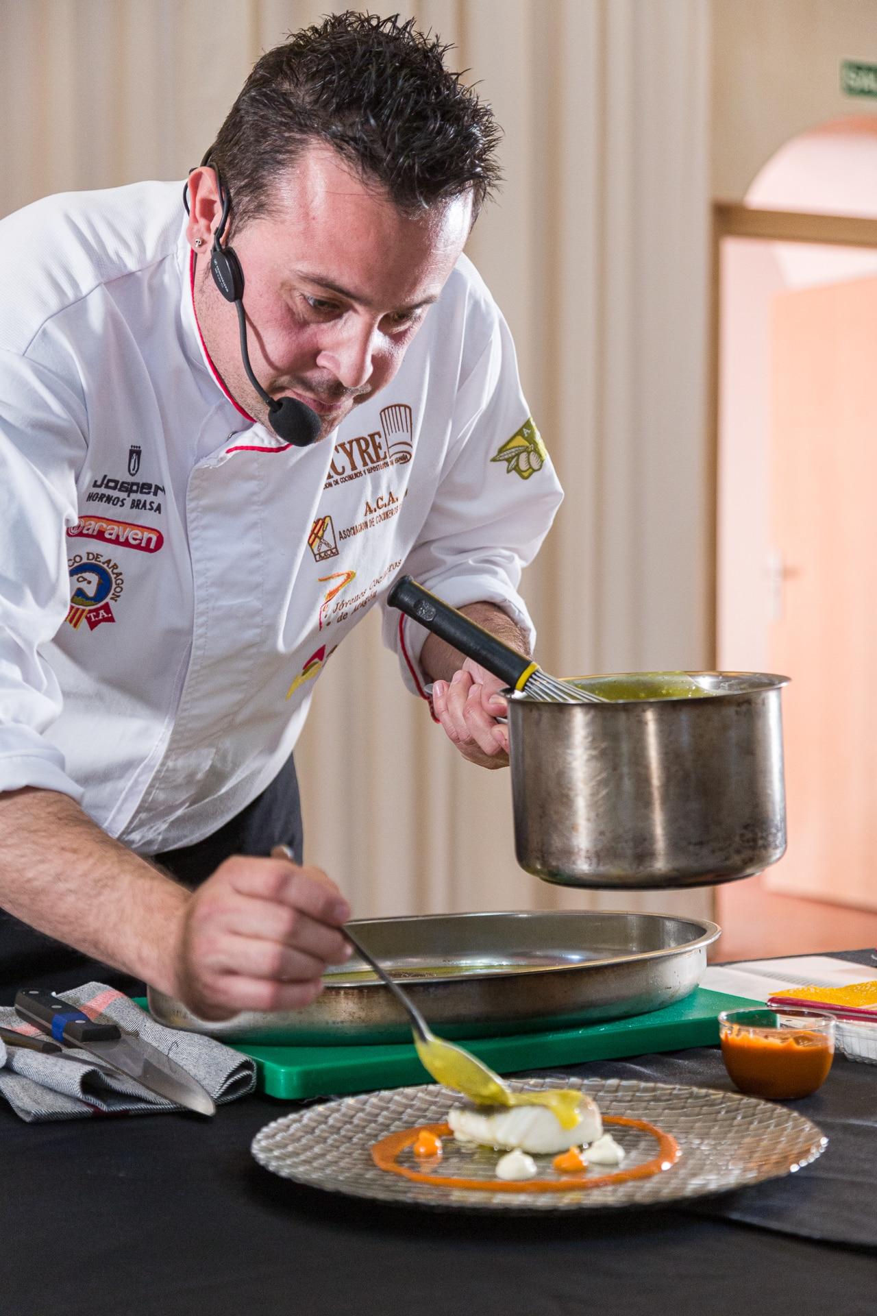 Lee más sobre el artículo La Asociación de Cocineros de Aragón (ACA) colabora un año más con el Festival En Clave de Aragón