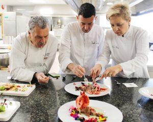 Lee más sobre el artículo Concurso de Cocina Creativa con Granadas de Elche